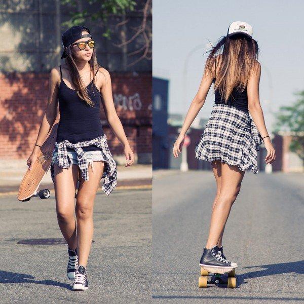 chica skater con gorra y ropa skate