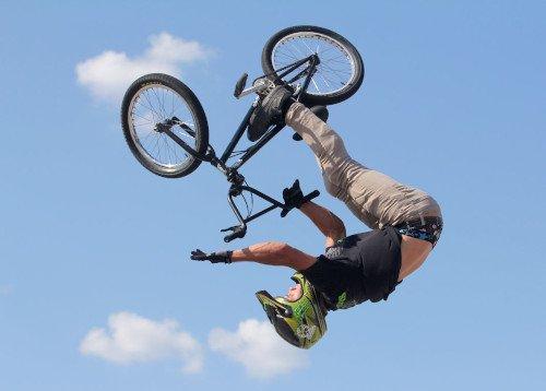 bmx freestyle pirueta backflip