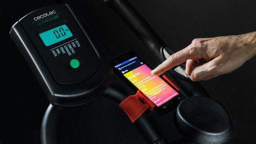 ultraflex-25-cecotec-smartphone